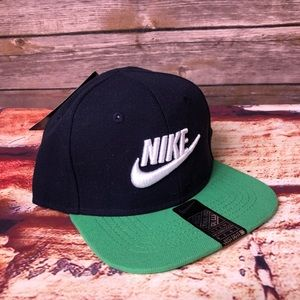 Nike Navy & Green Infant SnapBack 12-24 Month